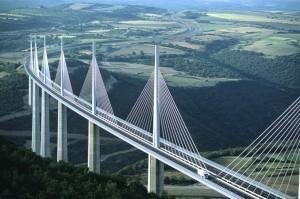 Tuyển sinh lớp chất lượng cao Xây dựng Cầu đường bộ Việt- Pháp năm 2020